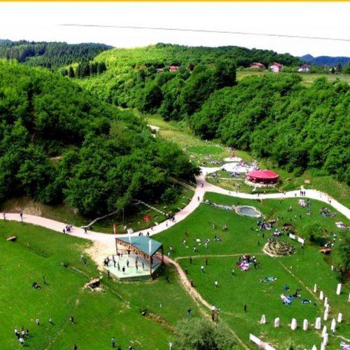 Visoko: Prodavači suvenira u Parku Ravne izuzetno zadovoljni turističkom sezonom