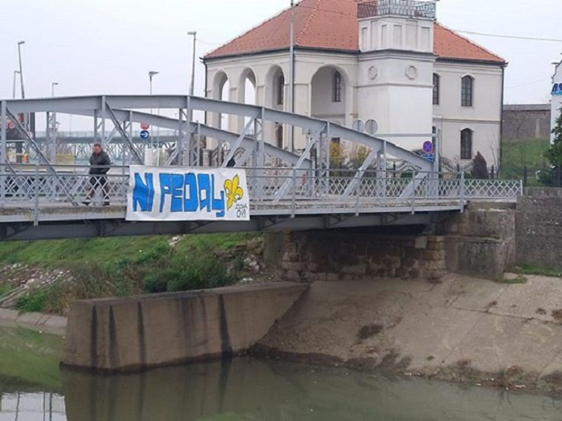 Dodik bi pola Bosne, ali kao hediju: Poziva međunarodnu zajednicu da 'zabrani svima upotrebu bilo kakvih oružanih manifestacija'